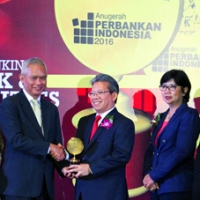 Bank Yudha Bakti gained 2 awards in the event of Anugrah Perbankan Indonesia V-2016